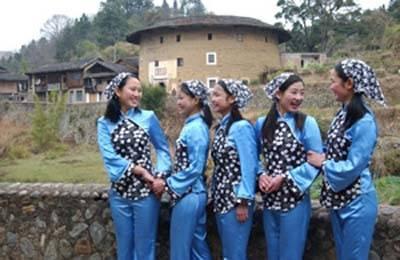 傳統客家婦女的頭巾與冬頭帕